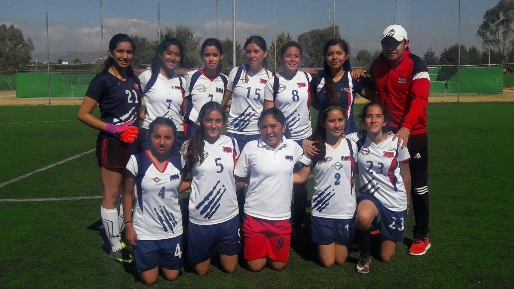 Equipo-Futbol-Femenil-compressor