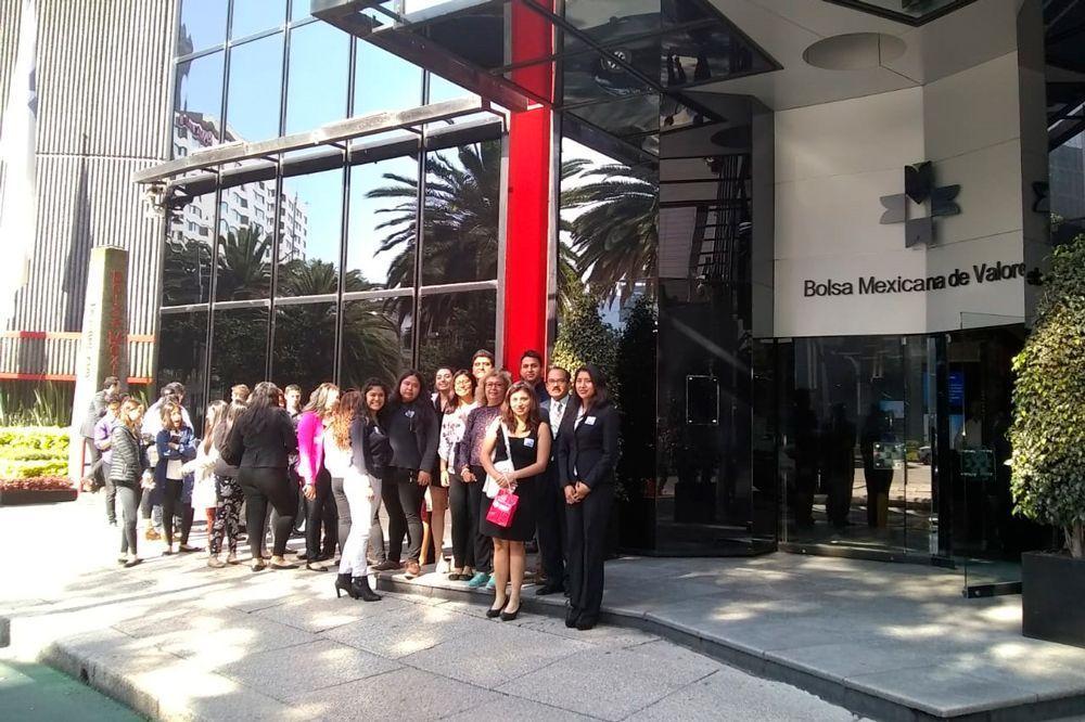 Alumnos UMAD enriquecen conocimientos con viajes académicos