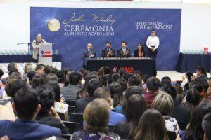 UMAD reconoce a mejores alumnos en ceremonia John Wesley